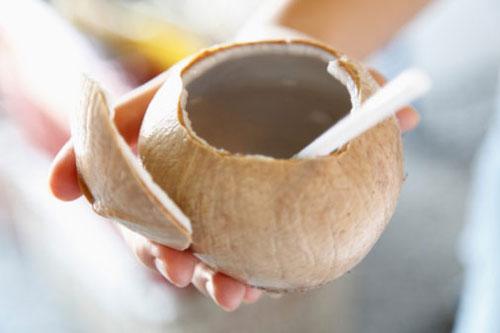 Thực hư cách phá thai tự nhiên bằng nước dừa
