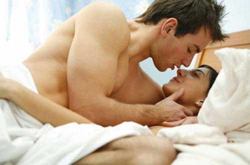 Quan hệ xuất tinh ngoài có mang thai không?